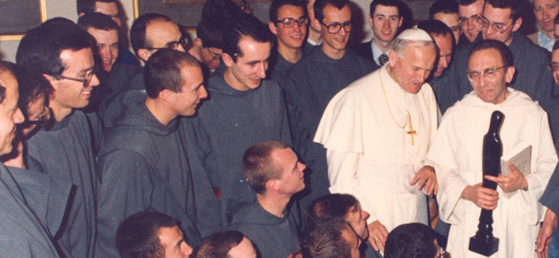 Communauté des Frères de Saint-Jean et le pape Jean-Paul II et le père Marie-Dominique Philippe