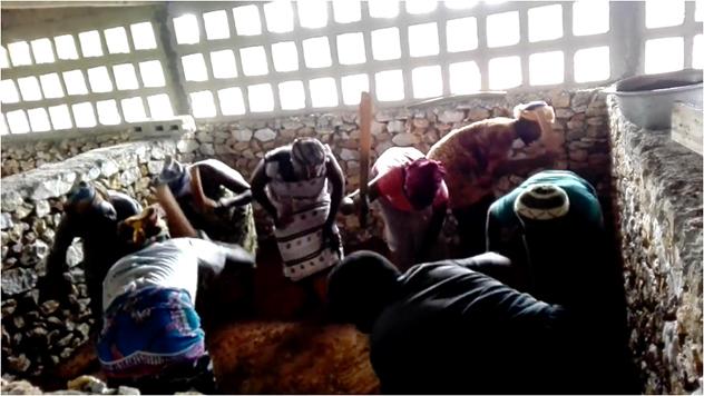 Travailer en chantant sur le projet Lumen Valley des Frères de Saint-Jean au Togo